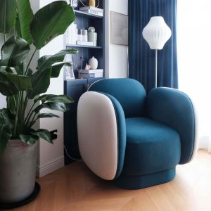 07-major-tom-seaters-armchairs-red-maison-dada