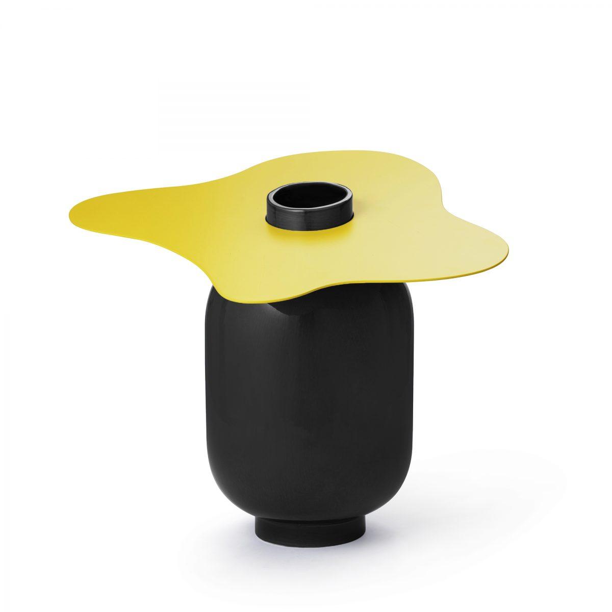 1-maison-dada-margot-accessories-vases-black