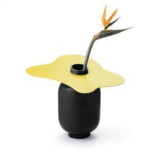 2-maison-dada-margot-accessories-vases-black