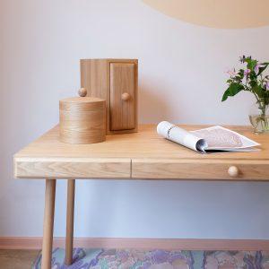 9-my-confidant-tables-desks-wood-oak
